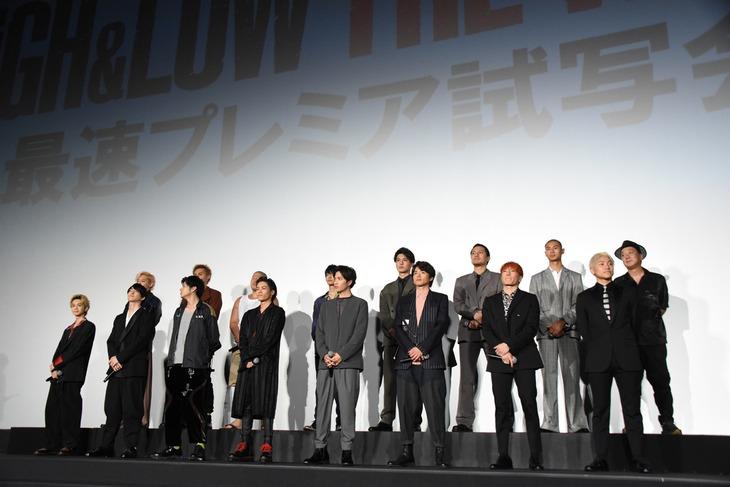 映画「HiGH&LOW THE WORST」の最速プレミア試写会舞台挨拶の様子。