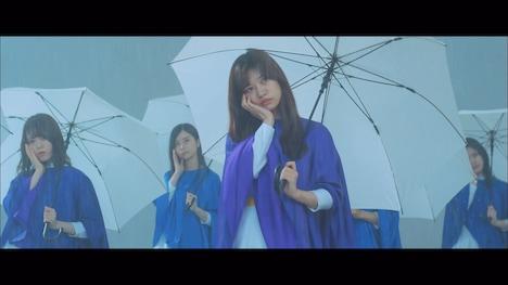 乃木坂46「~Do my best~じゃ意味はない」ミュージックビデオのワンシーン。