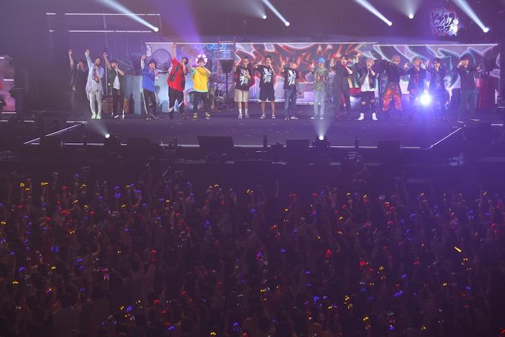 「ヒプノシスマイク-Division Rap Battle-4th LIVE@オオサカ《Welcome to our Hood》」9月7日公演の様子。(撮影:田浦ボン、キシノユイ、渡辺慎一)