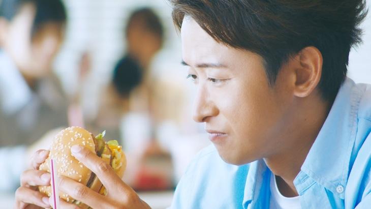 日本マクドナルドCM「笑顔のためにできること、ぜんぶ。」編より。