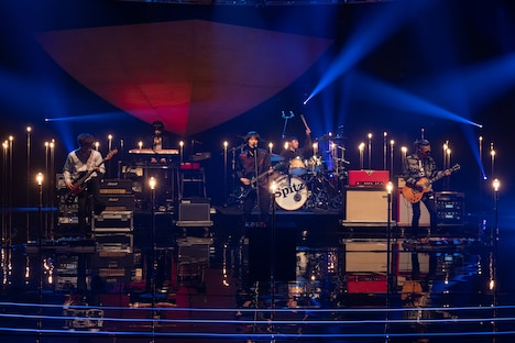 「SONGS」に出演するスピッツ。(写真提供:NHK)