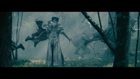 デーモン閣下「修羅と極楽」ミュージックビデオのワンシーン。