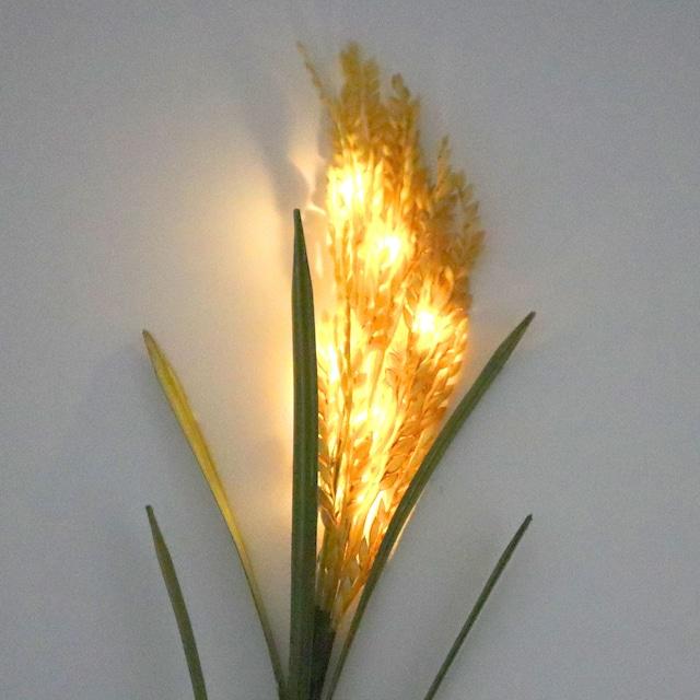 「光る!INAHO」点灯時の様子。