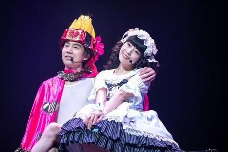 清竜人(左)と相沢梨紗(右)。