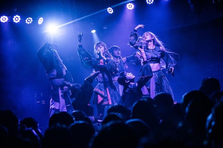MIGMA SHELTER「Psy Spirit Tour」東京公演の様子。(撮影:稲垣謙一)
