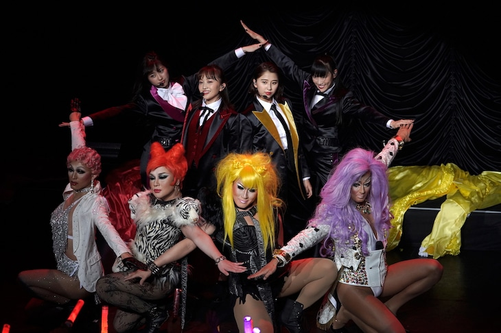 ももいろクローバーZ「5th ALBUM『MOMOIRO CLOVER Z』SHOW at 東京キネマ倶楽部」の様子。