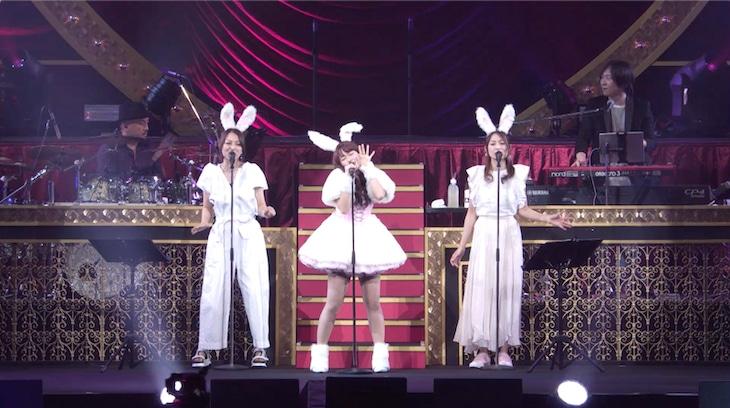 佐々木彩夏「AYAKA NATION 2019 in Yokohama Arena」トレイラー映像のワンシーン。