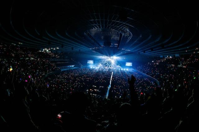 「フジファブリック 15th anniversary SPECIAL LIVE at 大阪城ホール 2019『IN MY TOWN』」の様子。