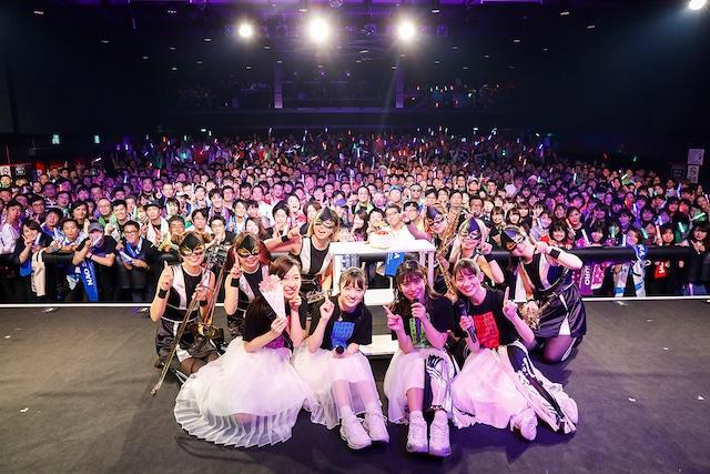 「TEAM SHACHI 1st Anniversary Live」愛知・DIAMOND HALL公演の様子。(撮影:笹森健一)