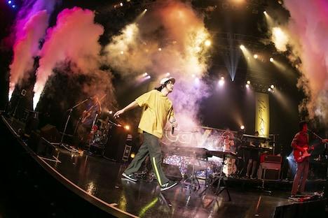 「Vickeblanka Ca Va Tour」Zepp Tokyo公演の様子。(Photo by Taku Fujii)