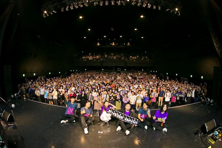 """「植田真梨恵 SPECIAL LIVE """"PALPABLE! MARBLE! LIVE! -ANNIVERSARY 2019-""""」東京・Zepp DiverCity TOKYO公演の様子。(撮影:山口渚)"""