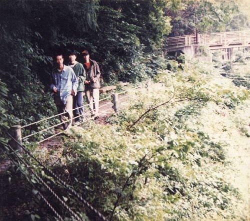6thアルバム「LONG SEASON」(オリジナル発売日:1996年10月25日)