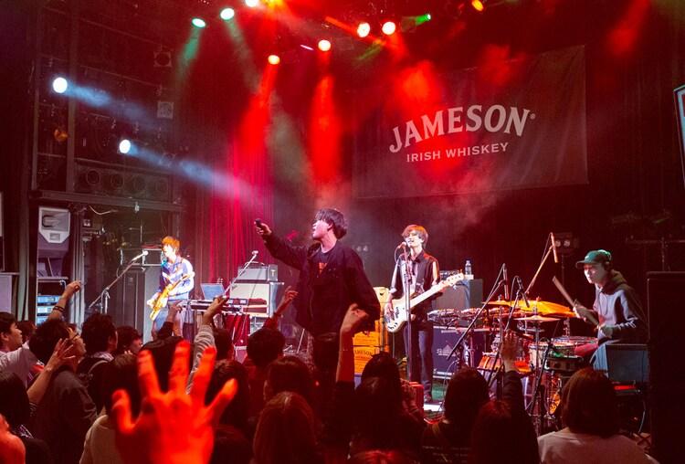 「JAMESON HALLOWEEN LIVE」DATSのステージの様子。