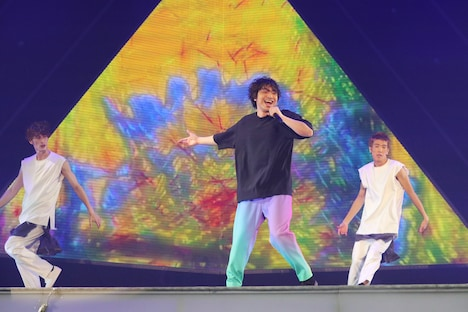 三浦大知「DAICHI MIURA LIVE TOUR 2019-2020 COLORLESS」東京・国立代々木競技場第一体育館公演の様子。