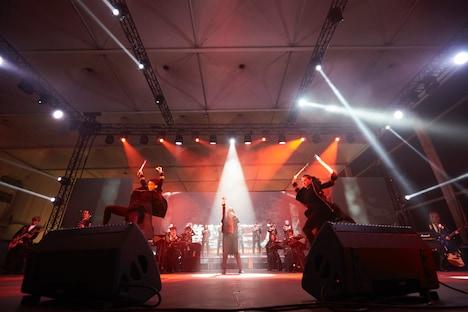 Linked Horizonのステージの様子。(Photo by Tsukasa Miyoshi / Showcase)