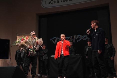 左からCrazyBoy、LIKIYA、EXILE SHOKICHI。(写真提供:LDH JAPAN)