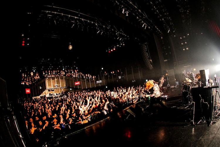 浅井健一 & THE INTERCHANGE KILLS「BLOOD SHIFT TOUR 2019」ファイナル公演の様子。(撮影:岩佐篤樹)