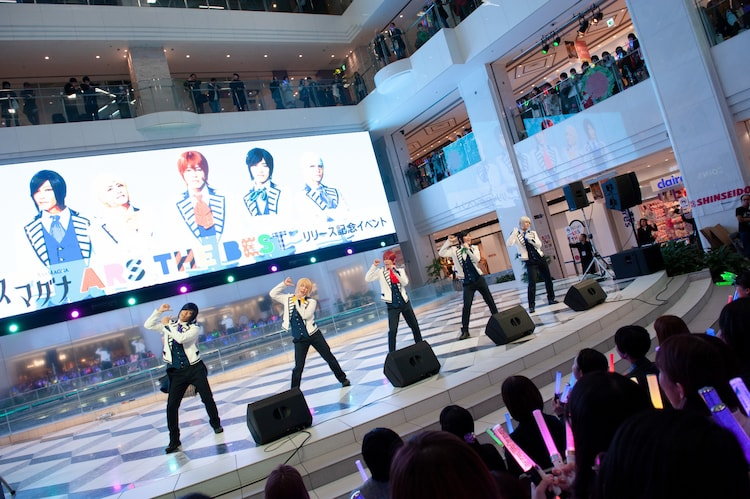 アルスマグナ「ARS THE BEST」リリース記念イベントの様子。(撮影:福田華菜)