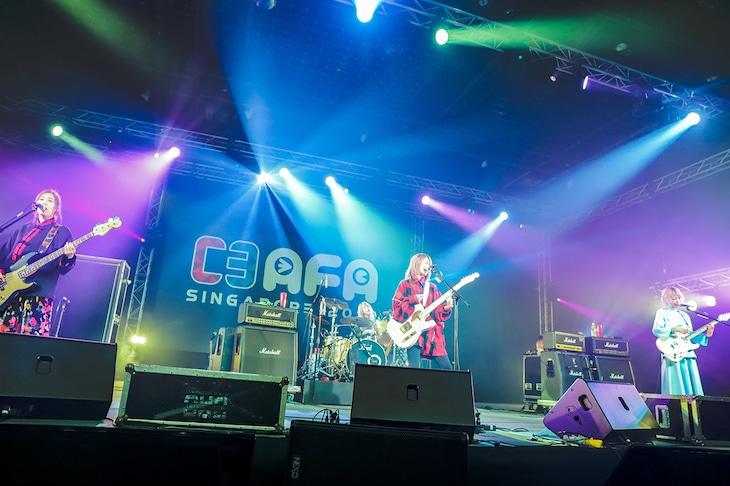 「C3AFA Singapore 2019」でライブを披露するSCANDAL。(写真提供:ビクターエンタテインメント)