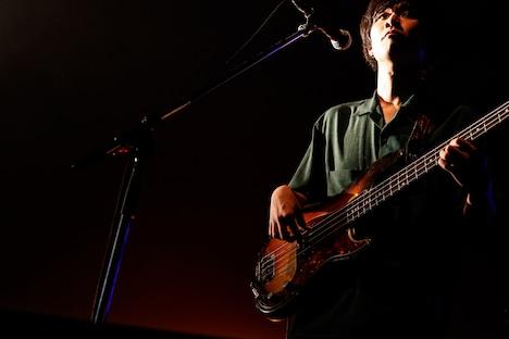 秋澤和貴(B)(撮影:白石達也)