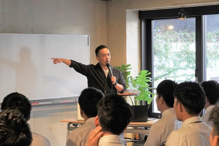 TOKYO MX1「ラップの教科書~君のことばで0を1に~」より。(c)TOKYO MX