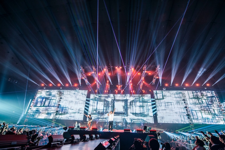 UVERworld「UVERworld LIVE 2019 at TOKYO DOME」12月19日公演の模様。(撮影:田中聖太郎)