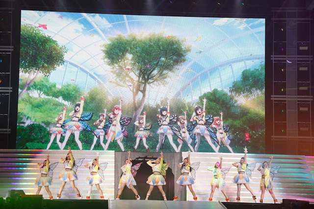 Aqours (c)2013 プロジェクトラブライブ! (c)2017 プロジェクトラブライブ!サンシャイン!! (c)プロジェクトラブライブ!虹ヶ咲学園スクールアイドル同好会