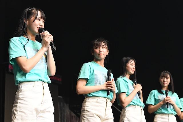 STU48の副キャプテンに就任した福田朱里(手前)。(c)AKS