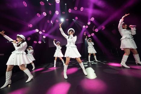 PiXMiX「New Yearワンマンライブ『今年もよろピクミク!2020』」の様子。(写真提供:キングレコード)
