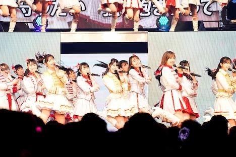 「AKB48単独コンサート~15年目の挑戦者~」の様子。(c)AKS