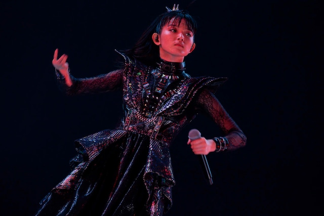 SU-METAL(Vocal, Dance)(Photo by Taku Fujii)