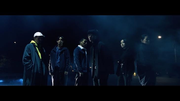 雨のパレード「惑星STRaNdING(ft.Dos Monos)」ミュージックビデオのワンシーン。