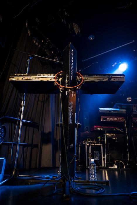 ステージに用意されたドクター田中のキーボード。(撮影:土田紘)