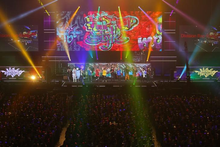「ヒプノシスマイク -Division Rap Battle-4th LIVE@オオサカ《Welcome to our Hood》」の様子。