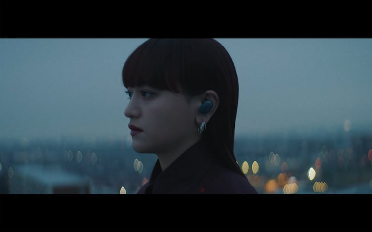 iri「Sparkle」ミュージックビデオのワンシーン。