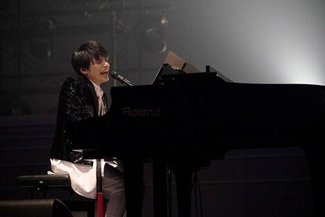 内田雄馬(撮影:上飯坂一)