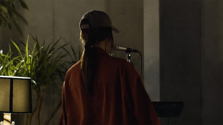 Friday Night Plans「UU(Live at Studio Tanta)」のワンシーン。
