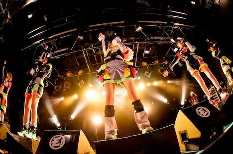 「ゆるめるモ!サプライザーツアー」大阪公演より。(Photo by shinz)