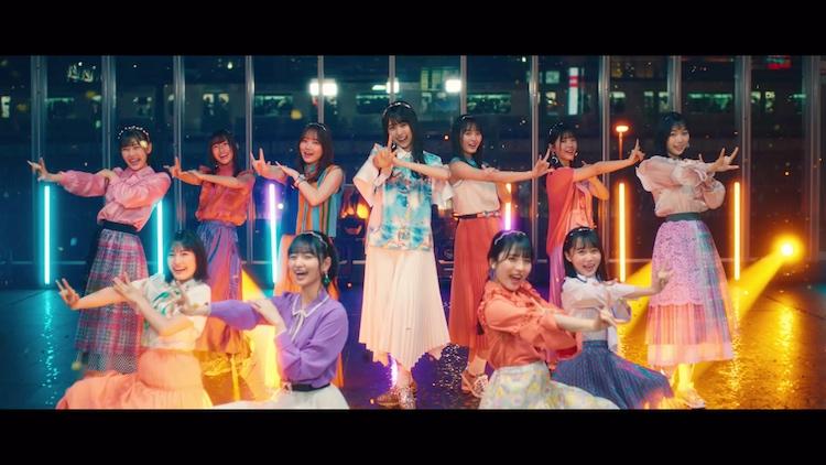 乃木坂46 4期生メンバー「I see…」ミュージックビデオのワンシーン。