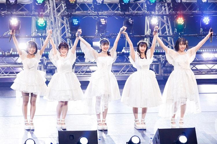 「こぶしファクトリー ライブ 2020 ~The Final Ring!~」の様子。(写真提供:アップフロントグループ)