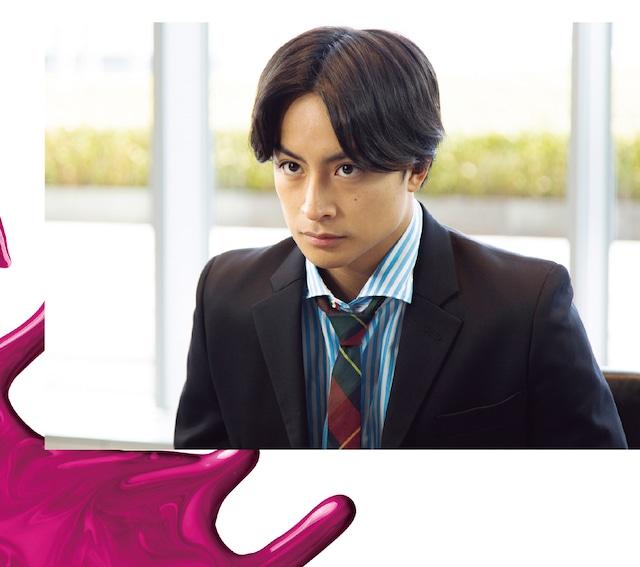 「テレビ朝日×ABEMA共同制作ドラマ『M 愛すべき人がいて』Sound Collection+A VICTORY Special Sampler」初回限定盤に付属する写真集より。