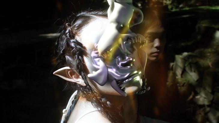 NTsKi「Heaven ft. Yosuke Shimonaka」ミュージックビデオのワンシーン。