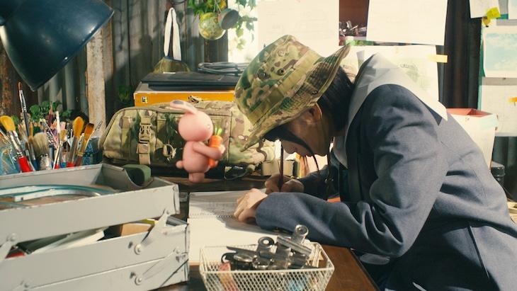 ドラマ「映像研には手を出すな!」メイキング映像第6弾より。(c)2020 「映像研」実写ドラマ化作戦会議 (c)2016 大童澄瞳/小学館