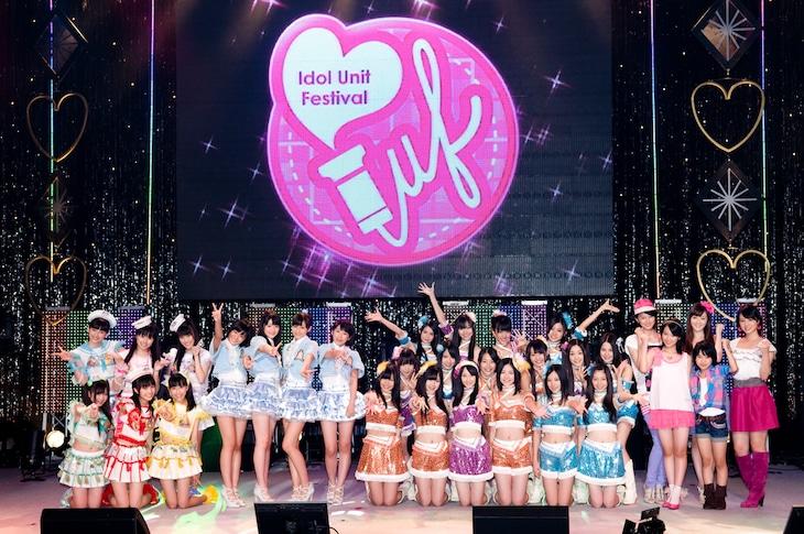「アイドルユニットサマーフェスティバル2010」記者会見の様子。