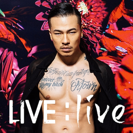 AK-69「LIVE : live」初回限定盤ジャケット