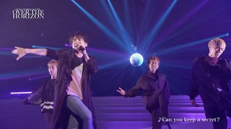 内田雄馬「YUMA UCHIDA 1st LIVE『OVER THE HORIZON』」より。