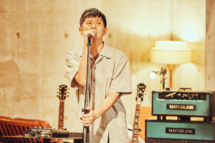 「The Smoke Is You Release Tour at Your Home」より。(Photo by 山川哲矢)