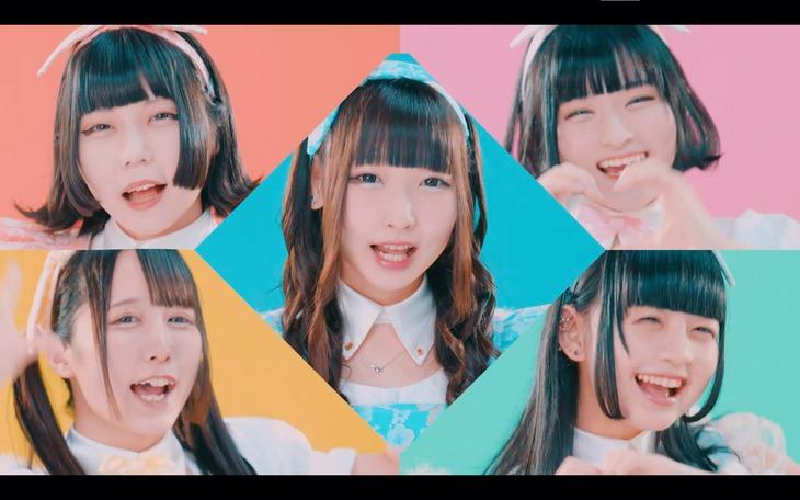 星歴13夜「Baby baby Cupid」MVのワンシーン。