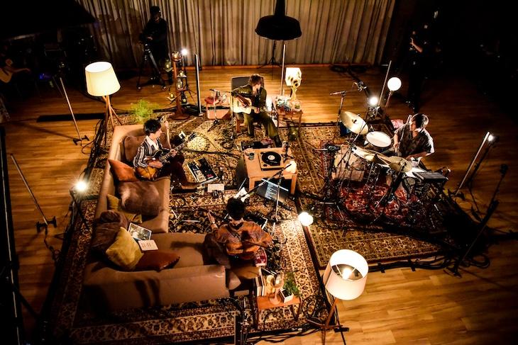 「FREDERHYTHM ONLINE『FABO!!~Frederic Acoustic Band Online~』」の様子。(Photo by AZUSA TAKADA)