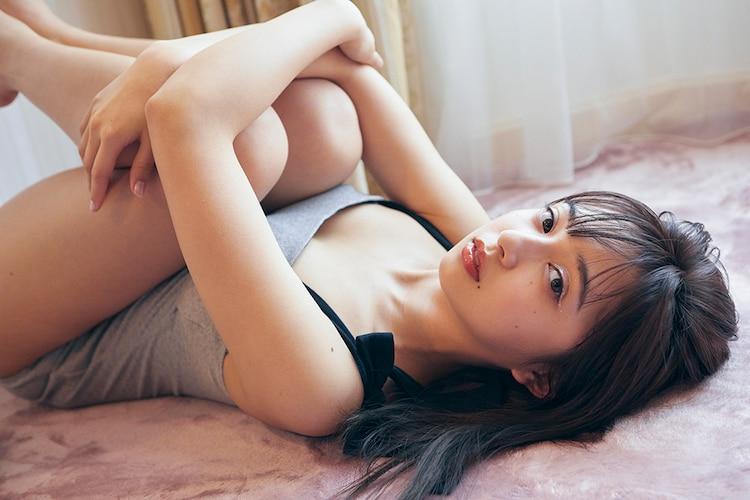 小宮有紗「io」の掲載カット。